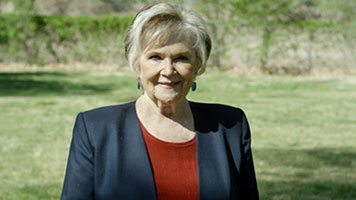 Lynne Dee Moore